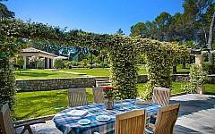 Mougins villa for sale with garden
