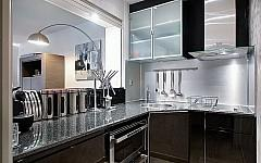 Apartment for sale Cannes Croisette, fully fitted kitchen