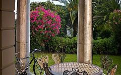 Garden apartment for sale Cannes Croix des Gardes