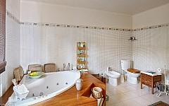 Luxury villa Theoule sur Mer, bathroom