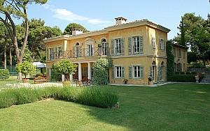 Luxury mansion in Mougins