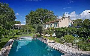 Property for sale near Valbonne, pool