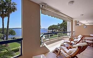 Sea view apartment for rent Cannes