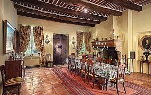 Mansion in Grasse with separate staff cottage