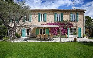 Near Valbonne - Authentic Charming Property