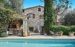 Charming property for sale in Grasse