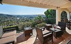 Villa for sale near Mougins with terrace